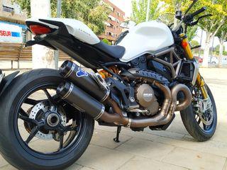 Ducati Monster 1200S Full