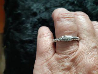 anillo plata y diamantes