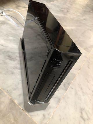 Consola negra Wii+mandos+nunchakus+juegos+cargador