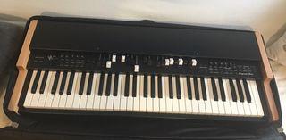 Vendo teclado Viscount Legend Solo