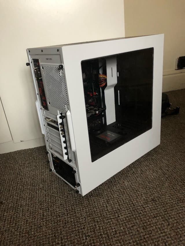 AMD gaming computer