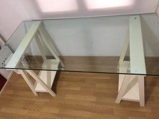Mesa Estudio cristal
