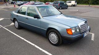 Mercedes-Benz 300d w124 1990