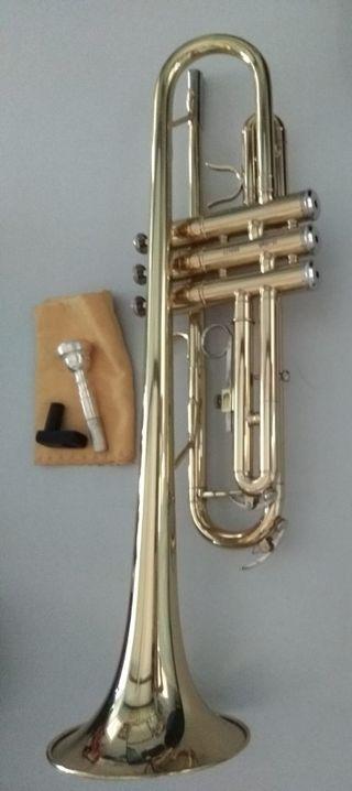 Trompeta J.MICHAEL TR200