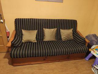 Sofa cama muy cuidado