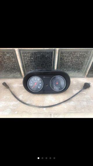 Cuadro indicadores y velocímetro seat 127 ls