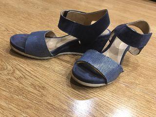 Sandalias cómodas T37