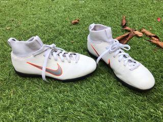 Botas futbol multitaco Nike Mercurial X