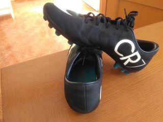 Botas de futbol tacos CR7