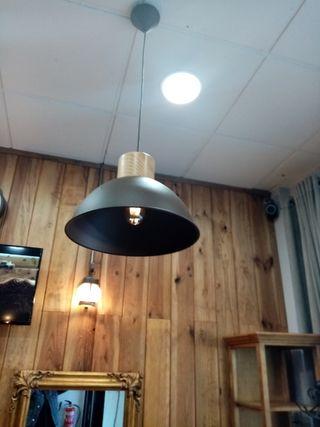 lámparas de techo y pared
