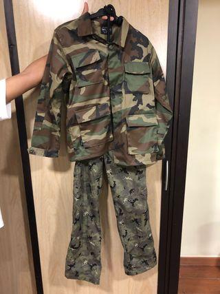 bajo precio 02073 67cf1 Casaca Militar de segunda mano en WALLAPOP