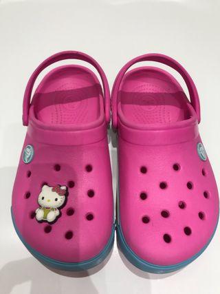 Crocs originales. Niña.