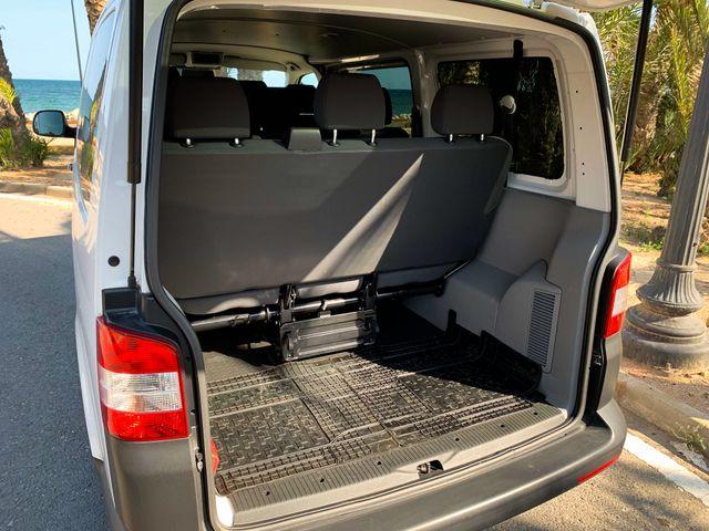 Volkswagen Transporter -T5 2015 PASAJEROS 9 PLAZAS