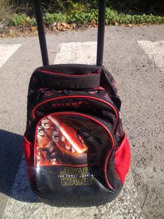 cartera con ruedas de star wars