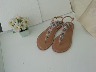 sandalias de pedrería