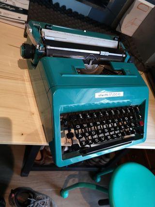máquina de escribir olibetty estudio 95