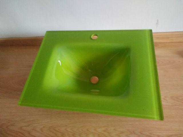 lavabo suspendido