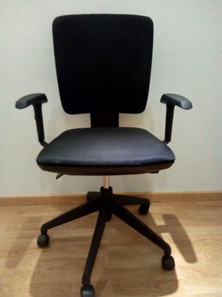 Silla oficina negra - Actiu
