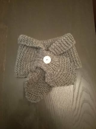cuello de lana hecho a mano