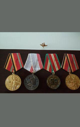 MILITARIA. LOTE DE 4 MEDALLAS RUSAS ORIGINALES