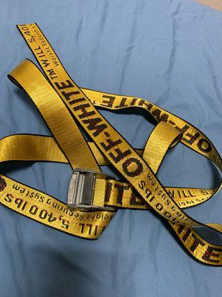 nuevo producto 0b176 32d06 Cinturón off white de segunda mano en WALLAPOP