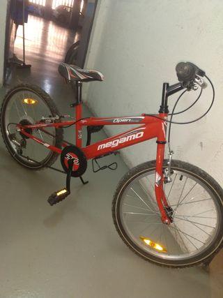 Bicicleta niño/a Megamo
