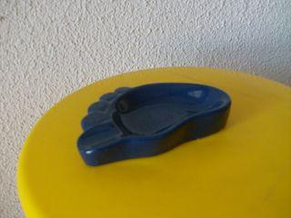 ORIGINAL CENICERO con forma de pie