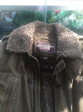 Abrigo chaquetón de Abercrombie en perfecto estado