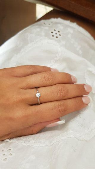 Solitario Compromiso oro blanco y diamante
