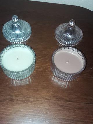 velas perfumadas con recipiente de cristal grueso