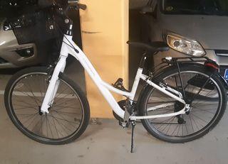 Preciosa bicicleta Orbea para mujer.