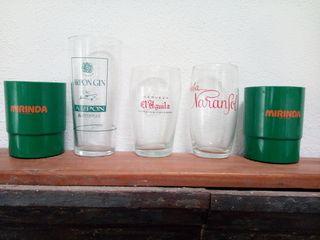 Vasos publicidad Mirinda, cerveza El Águila, gineb