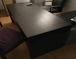 Mesa despacho IKEA color negro