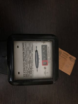 Contador eléctrico antiguo 1972