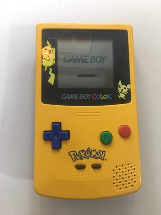 Game boy color edición Pikachu