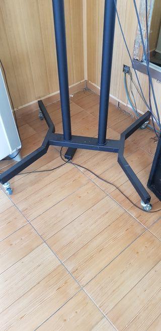 soporte tv suelo