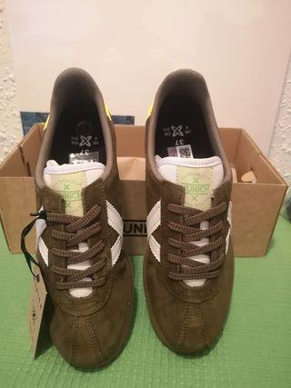 Zapatillas munich verde