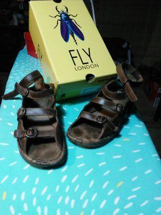 fly london sandalias