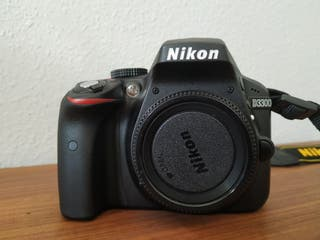 Kit completo cámara réflex Nikon D3300
