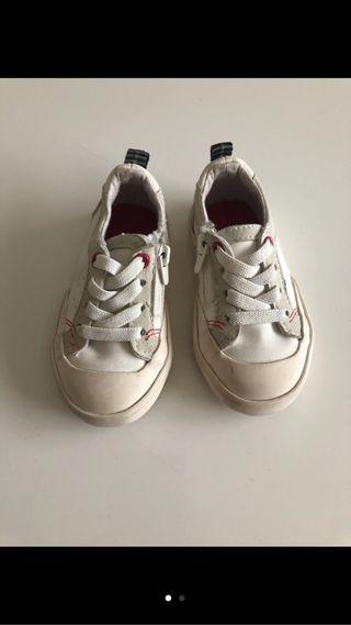 3 pares de zapatos