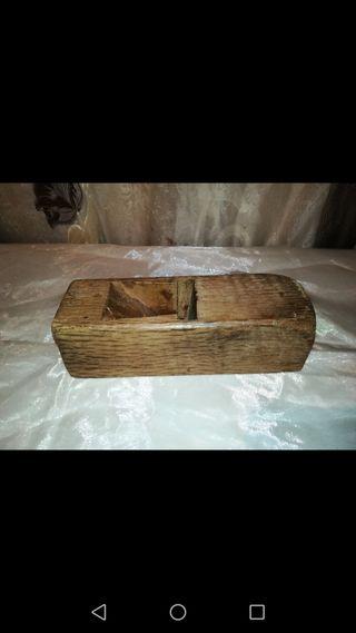 Antigua herramienta de carpintero