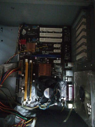 placa base y procesador quad
