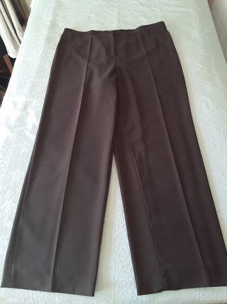 Pantalones de vestir marrones DuoWoman nuevos.