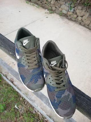 zapatillas nike militar