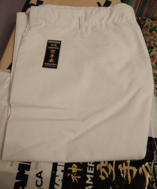 Pantalón karate