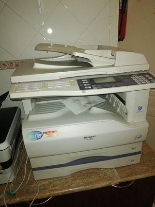 Fotocopiadora Sharp AR-M207