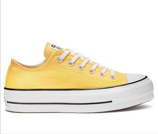 converse amarilla plataforma