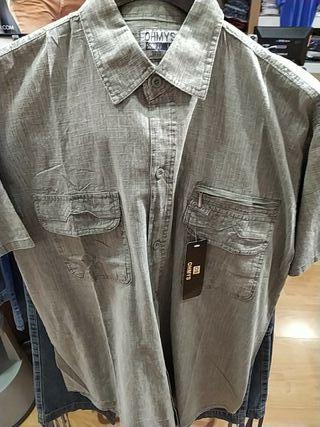 camisa manga corta con tres bolsillos