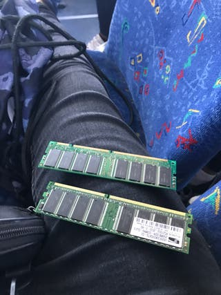 Tarjeta RAM de 4gb y de 2gb