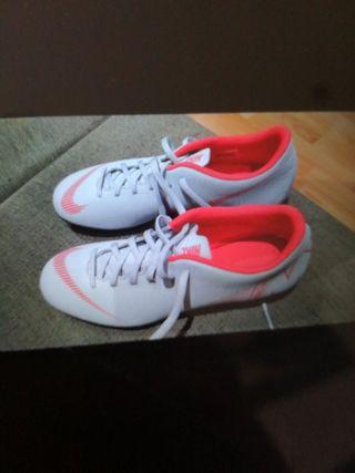 zapatillas de futbol nike talla 43.5